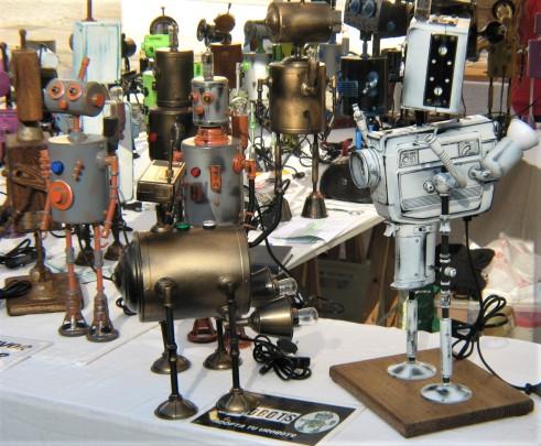 A street vendor's robots!